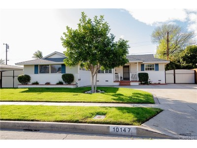 Granada Hills Single Family Home For Sale: 10147 Gloria Avenue
