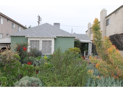 Valley Village Single Family Home Active Under Contract: 5241 Agnes Avenue