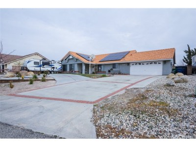 Palmdale Single Family Home For Sale: 35854 43rd Street East