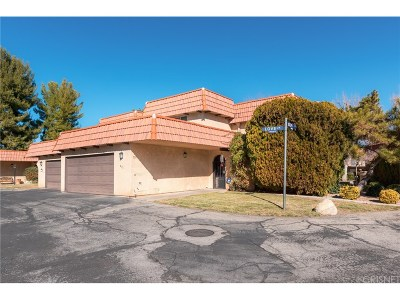 Palmdale Condo/Townhouse For Sale: 231 Love Lane