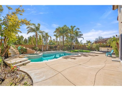 Canyon Country Single Family Home Active Under Contract: 17274 Crest Heights