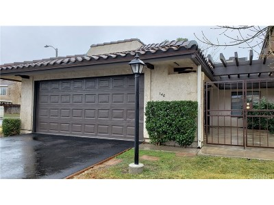 Palmdale Condo/Townhouse For Sale: 146 Eagle Lane