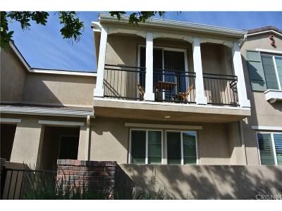 Valencia Condo/Townhouse Active Under Contract: 28724 Calle De La Paz Drive