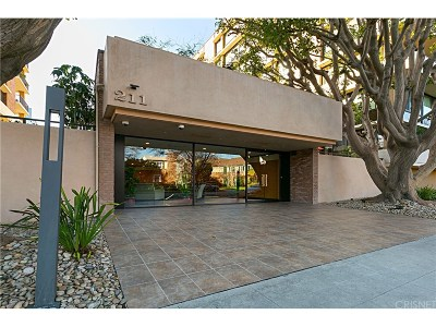 Beverly Hills Condo/Townhouse For Sale: 211 South Spalding Drive #N502