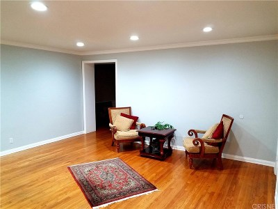 Beverly Hills Rental For Rent: 441 South Doheny Drive #441 1/2