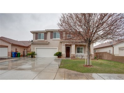 Lancaster Single Family Home For Sale: 44521 17th Street West