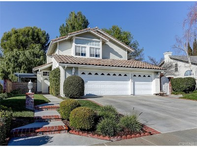 Saugus Single Family Home Active Under Contract: 22603 Fenwall Drive