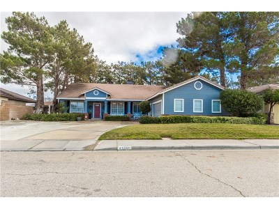 Lancaster Single Family Home For Sale: 43248 Durango Lane