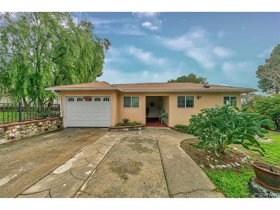 Sylmar Single Family Home Active Under Contract: 13298 Dyer Street