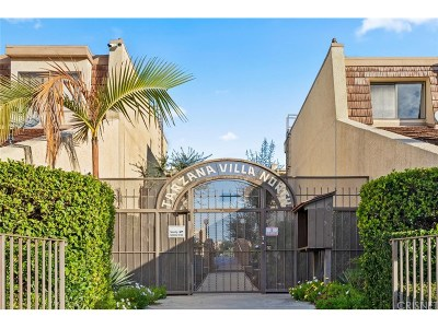 Tarzana Condo/Townhouse For Sale: 18419 Collins Street #B