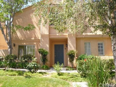 Stevenson Ranch Condo/Townhouse For Sale: 25138 Steinbeck Avenue #B
