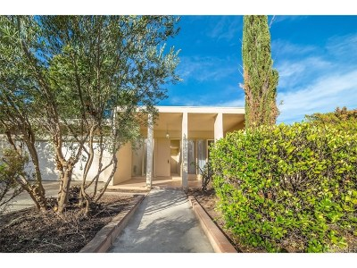 West Hills Single Family Home Sold: 24545 Kittridge Street