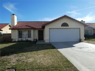 Rosamond Single Family Home For Sale: 2716 Westland Drive