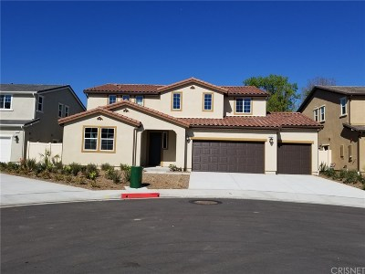 North Hills Single Family Home For Sale: 16155 Columbus Lane