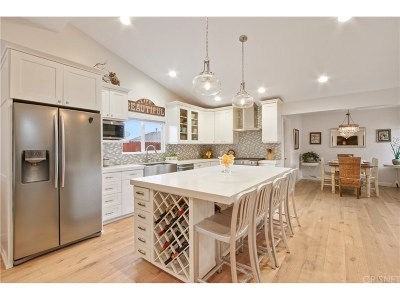 Woodland Hills Single Family Home For Sale: 24108 Albers Street