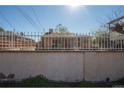 Pacoima Single Family Home Active Under Contract: 12860 Kamloops Street