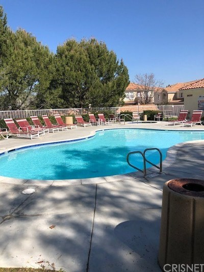 Canyon Country Condo/Townhouse For Sale: 18120 Flynn Drive #61509