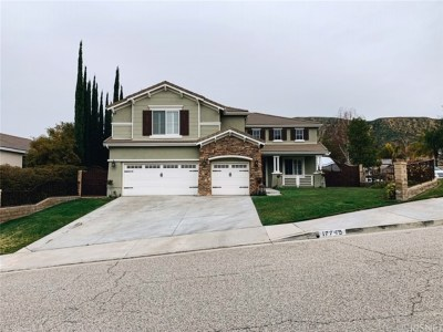 Canyon Country Single Family Home Active Under Contract: 17745 Heron Lane