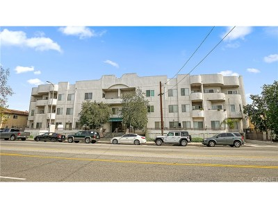 North Hollywood Condo/Townhouse For Sale: 6828 Laurel Canyon Boulevard #101