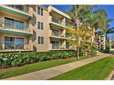 Sherman Oaks Condo/Townhouse For Sale: 4501 Cedros Avenue #233