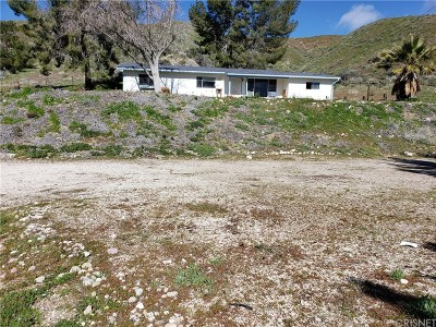 Canyon Country Single Family Home Active Under Contract: 18007 Beneda Lane