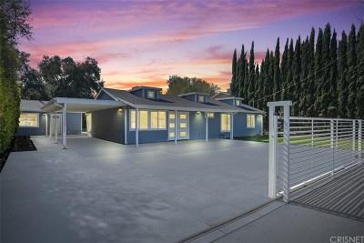 Woodland Hills Single Family Home For Sale: 22330 Vanowen Street