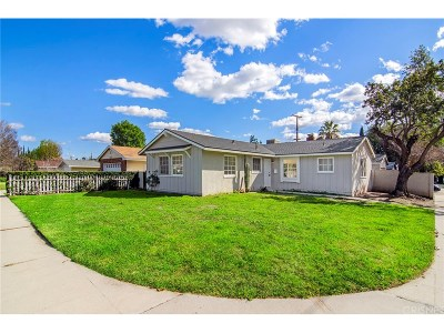 Granada Hills Single Family Home For Sale: 16756 McKeever Street