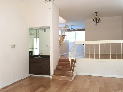 Sherman Oaks Condo/Townhouse For Sale: 4655 Natick Avenue #17