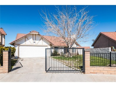 Palmdale Single Family Home Active Under Contract: 1745 Simsburry Street