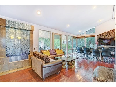 Sherman Oaks Single Family Home For Sale: 4024 Witzel Drive