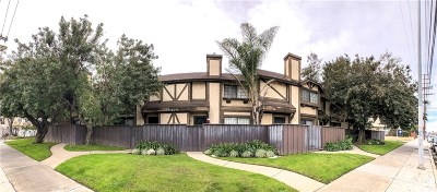 Los Angeles County Single Family Home For Sale: 14924 Nordhoff Street #4