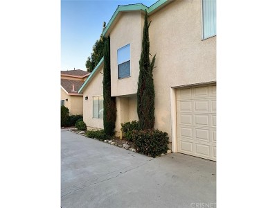 Arleta Condo/Townhouse For Sale: 9315 Woodman Avenue #3