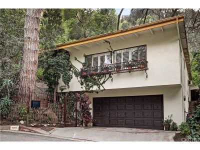 Los Angeles County Single Family Home For Sale: 7697 Willow Glen Road