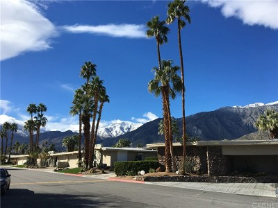 Palm Springs Condo/Townhouse For Sale: 2245 South Madrona Drive