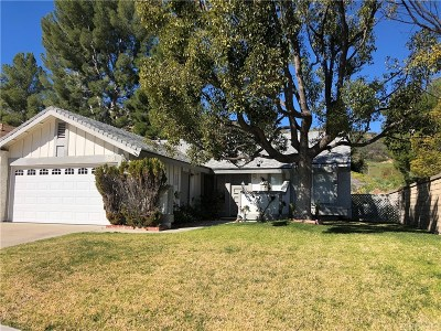 Valencia Single Family Home Active Under Contract: 27649 Cypress Ridge Circle