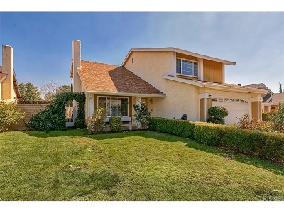 Saugus Single Family Home Active Under Contract: 27818 Caraway Lane