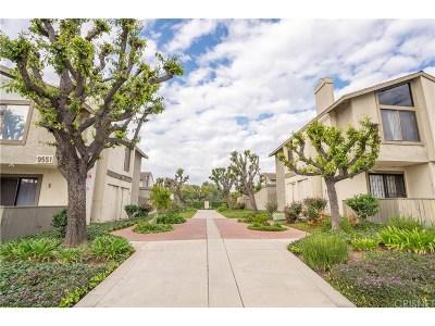 Los Angeles County Condo/Townhouse For Sale: 9555 Sepulveda Boulevard #2