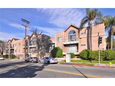 Tarzana Condo/Townhouse For Sale: 5620 Yolanda Avenue #209
