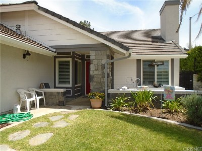 Saugus Single Family Home For Sale: 28402 Fig Court