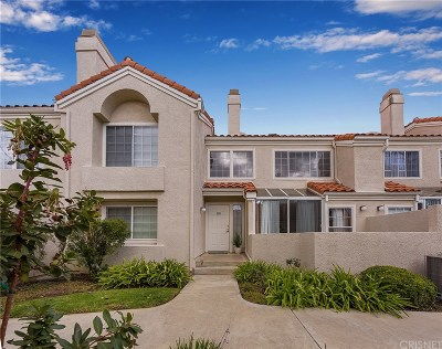 Calabasas Condo/Townhouse For Sale: 4240 Lost Hills Road #2602