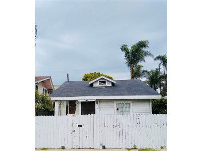 Los Angeles County Single Family Home For Sale: 1425 Cabrillo Avenue