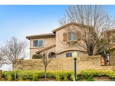 Saugus Condo/Townhouse For Sale: 21125 Avenida De Sonrisa