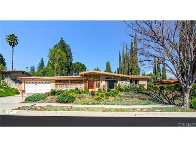 Woodland Hills CA Single Family Home For Sale: $875,000