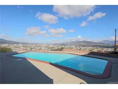 Glendale Single Family Home For Sale: 1215 Vista Superba Street