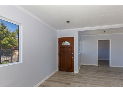 Compton Single Family Home For Sale: 2142 East Bliss Street
