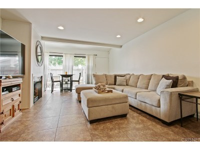 Agoura Hills Condo/Townhouse For Sale: 5257 Colodny Drive #C-3