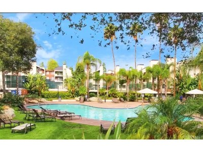 Woodland Hills CA Condo/Townhouse For Sale: $340,000