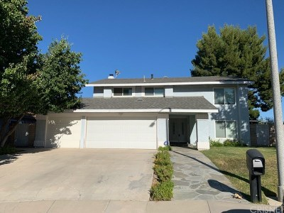 Granada Hills Single Family Home For Sale: 13322 Meadow Wood Lane