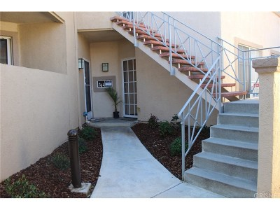 Valencia Condo/Townhouse Active Under Contract: 23735 Del Monte Drive #155