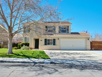 Los Angeles County Single Family Home For Sale: 40117 Villa Moura Drive